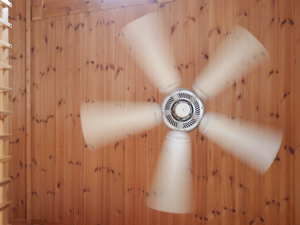 change-the-direction-of-your-ceiling-fan-in-the-fall