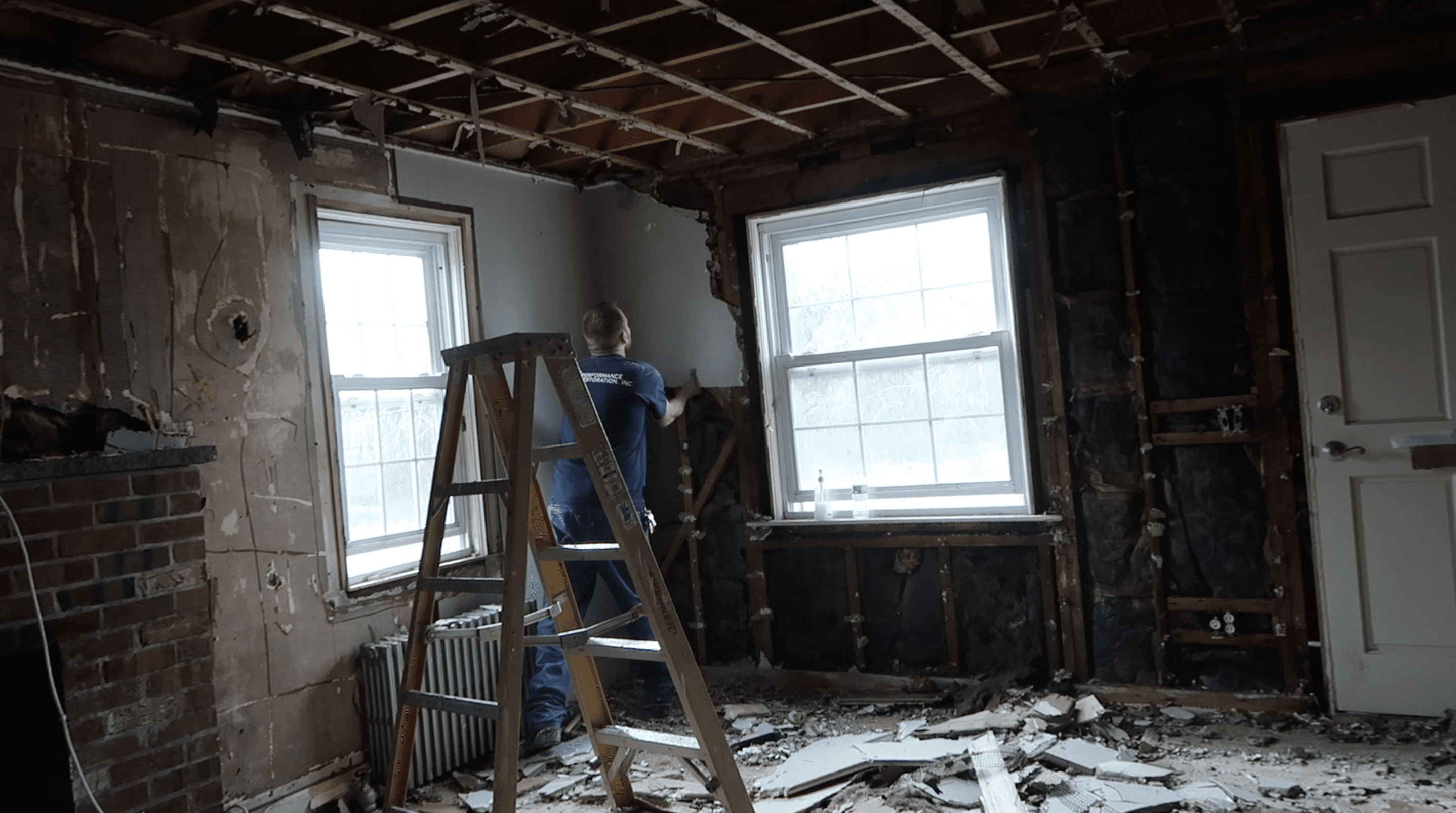 does homeowners insurance cover a restoration company in ri