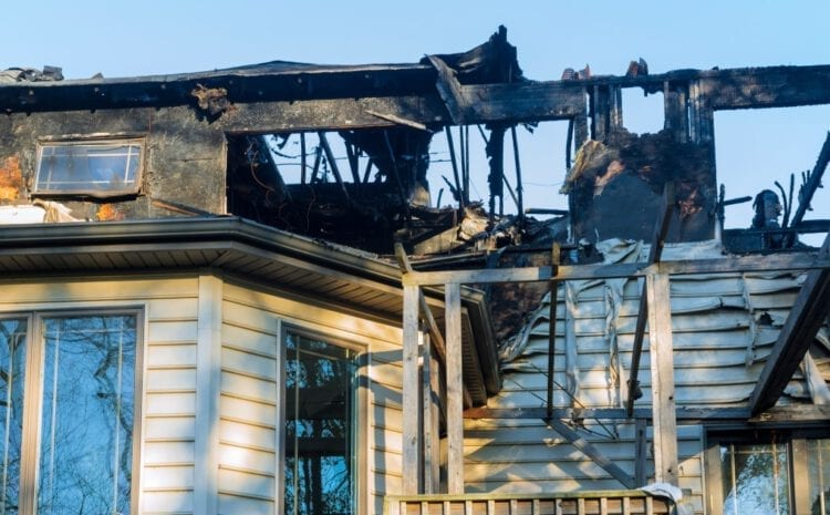 After a House Fire: Dos and Don'ts